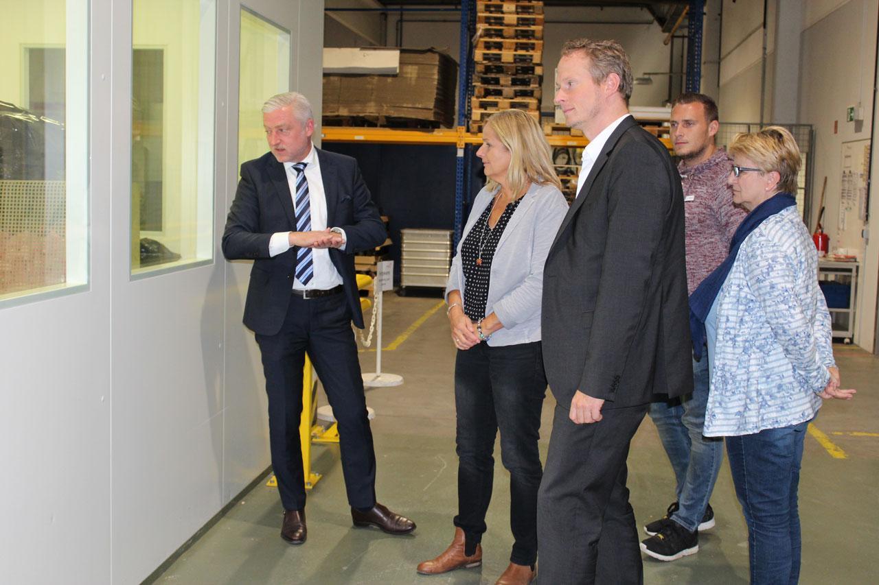 Relopack GmbH in Michelstadt stellt sich Kommunalem Job-Center und InA gGmbH vor